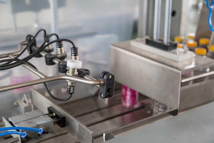 全自动PE薄膜收缩包装机